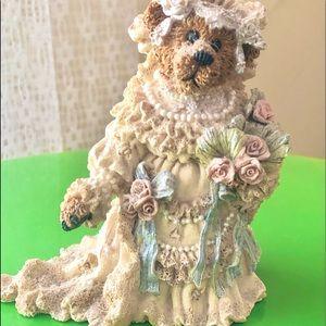 Boyds Bears Bailey the Bride Figurine